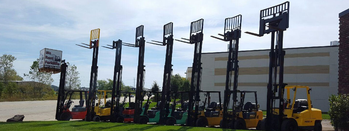 Fleet of forklift rentals for Advantage Material Handling.