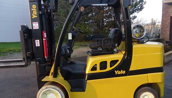 One of the used forklifts for sale at Advantage Material Handling.